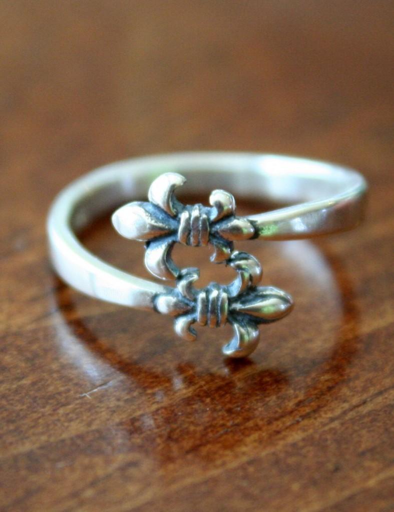 Sterling Silver Fleur De Lis Ring Kandsimpressions